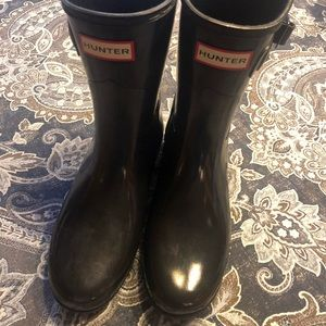 Hunter Short Gloss Black Boots